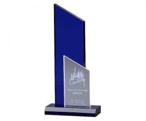 Acryl Pokal Indigo Peak mit Lasergravur