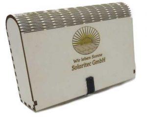 Holzbox Lasergraviert mit Magnetverschluß